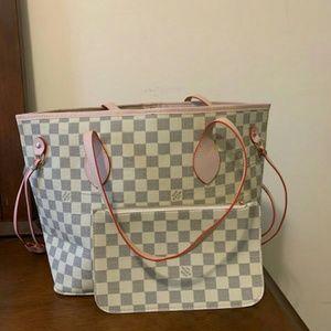 Shoulder bag size MM Louis, Vuitton 😍😊😋😋😋😎😋